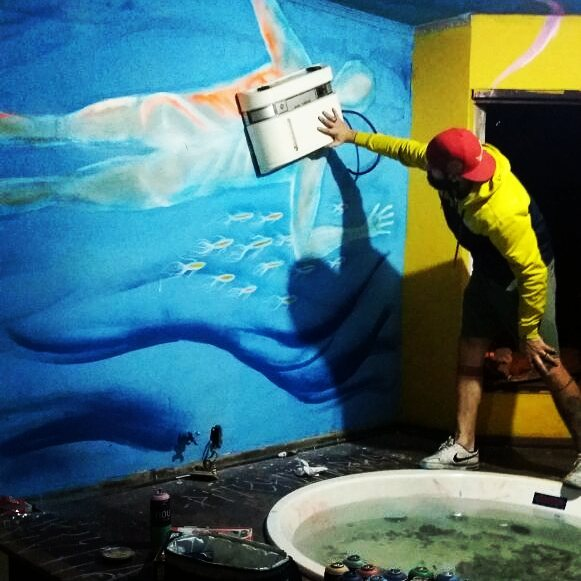 Progress... #grafitti #mergulhador #diving  #scubadiver #streetart #sp #abc #urbanart #reciclagem #mar #sea #casamarela #arteurbana #spray #objectandarts #streetartsp  #arteurbana