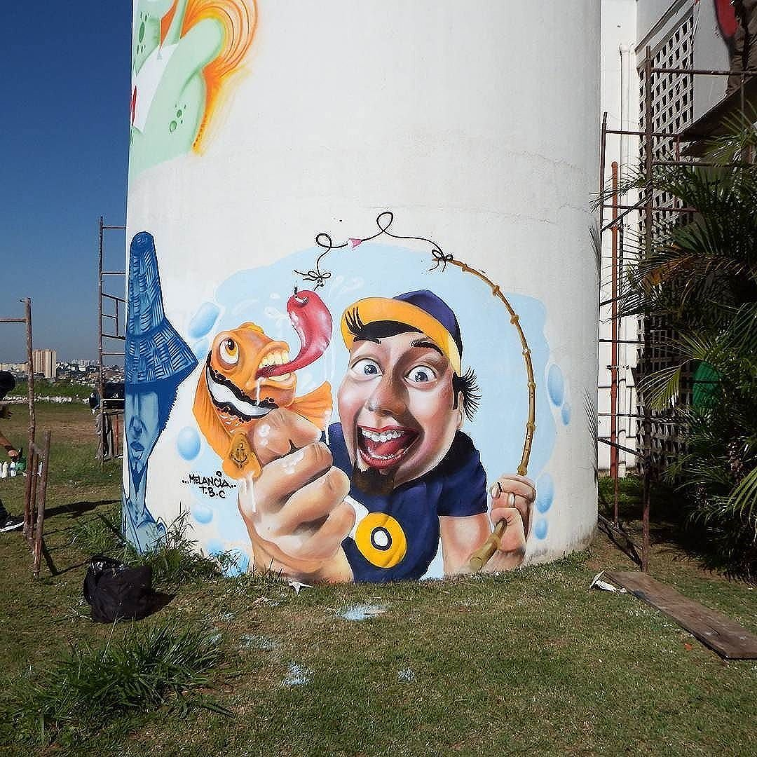 @robsonmelancia in Carapicuiba, SP, Brazil for #meetingofchurras. Photo by  @sidaograff. #robsonmelancia #Carapicuiba #saopaulograffiti #graffitisp #graffitisaopaulo #streetartsp #streetartbrazil #streetartbrasil #streetartbr #brazilstreetart #graffitibrasil #brasilgraffiti #brazilgraffiti #graffitibrazil #streetart #urbanart #graffiti #wallart #graffitiart #wallpainting #muralpainting #artederua #arteurbana #muralart #streetarteverywhere #total_urbanart