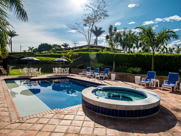 Mapa y ubicaci n hoster a heliconia en montenegro - Champoluc hotel con piscina ...