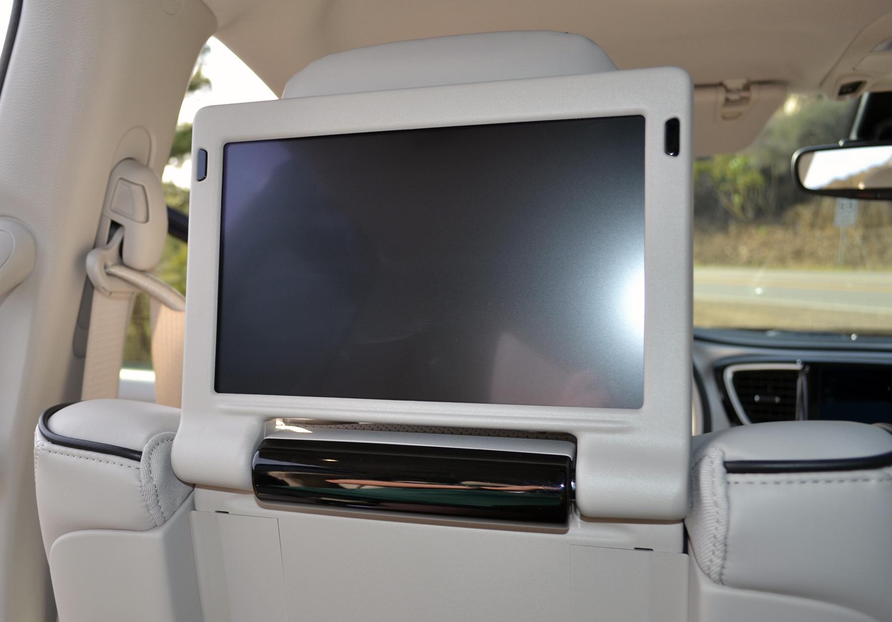 Hybrid Rebates Hybrid Pacifica Is A Fca Game Changer Wheelsca
