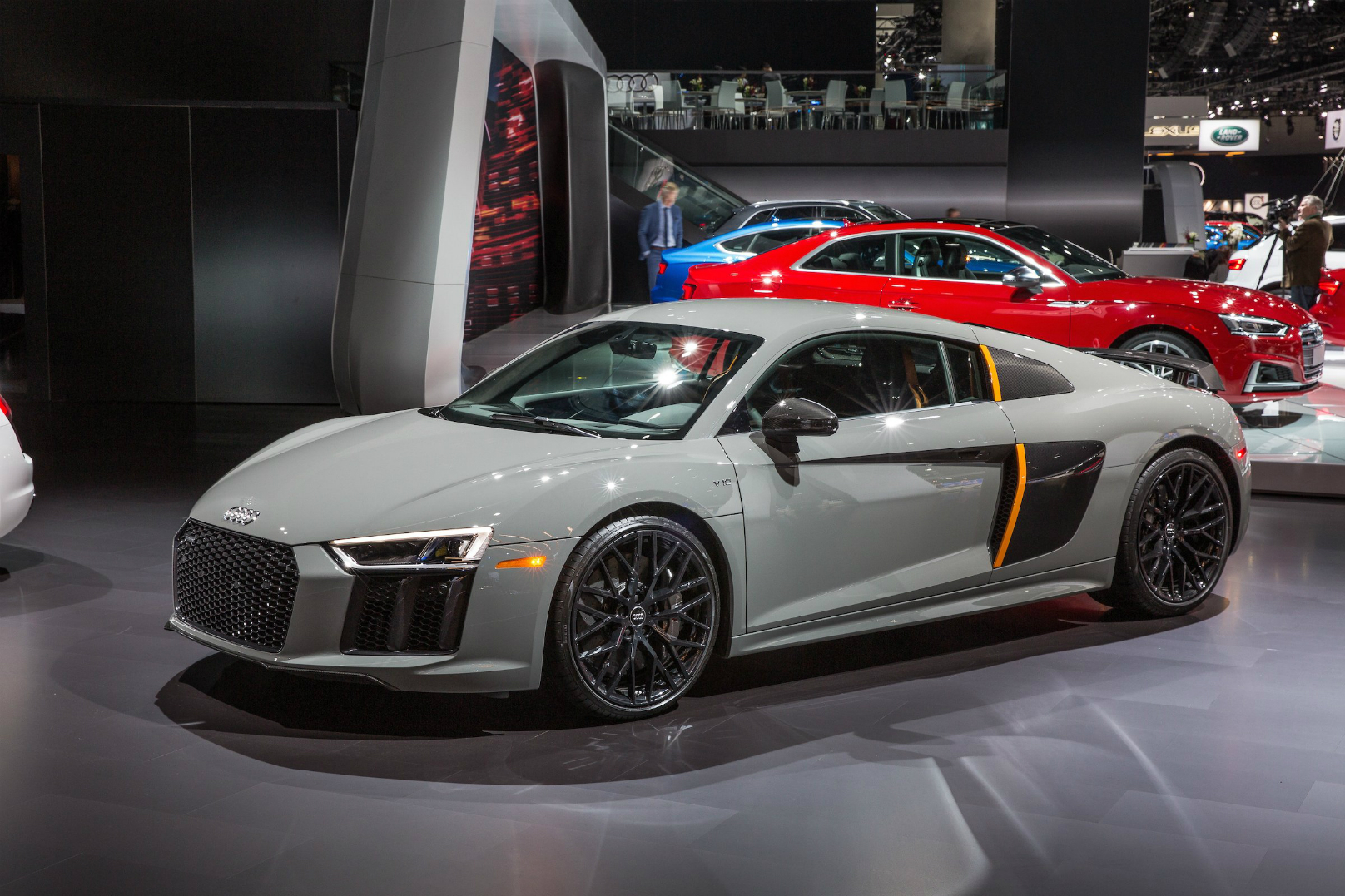 Audi R8 V10 Plus Has Laser Lights Standard Wheels Ca