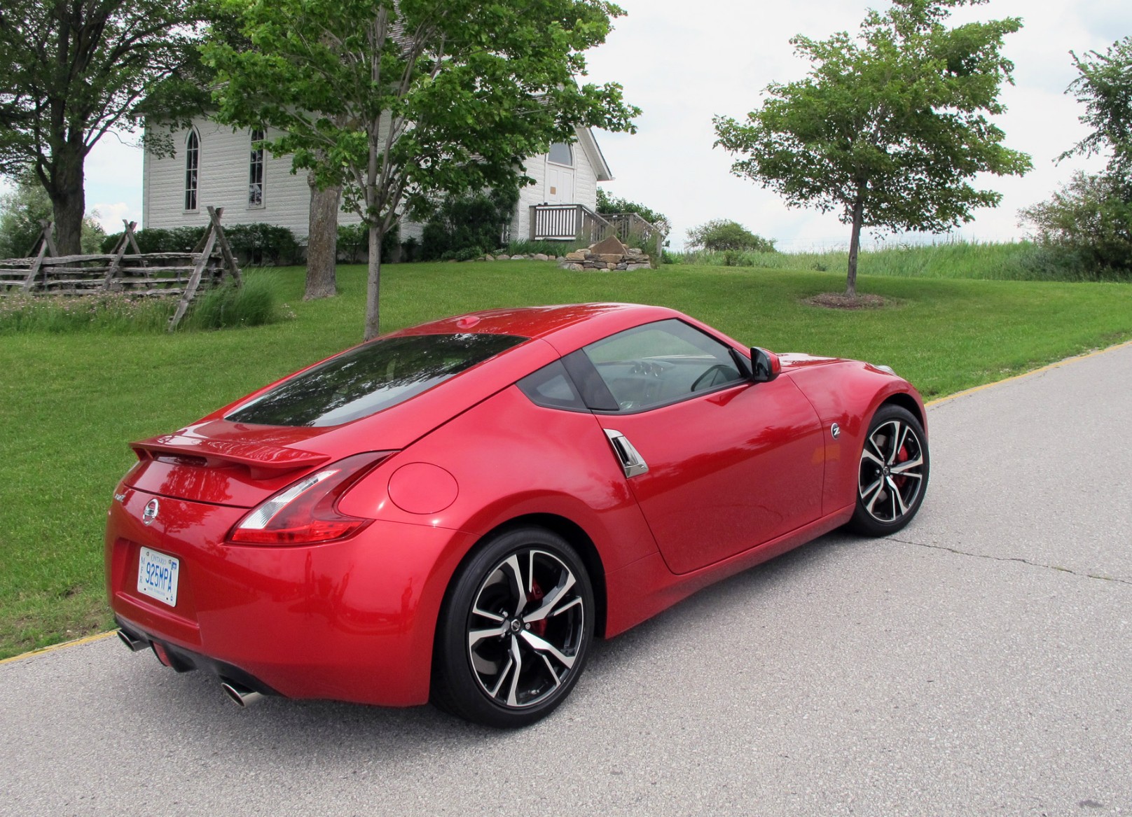 2018 nissan z roadster. simple nissan nissan 370z touring coupe review on 2018 nissan z roadster g