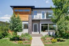 1348 COLGROVE Avenue NE - MLS® # A1013374