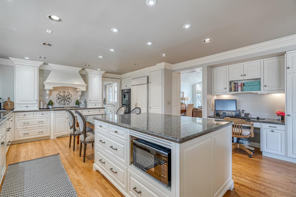 244 WOODHAVEN Place SW - MLS® # A1017363