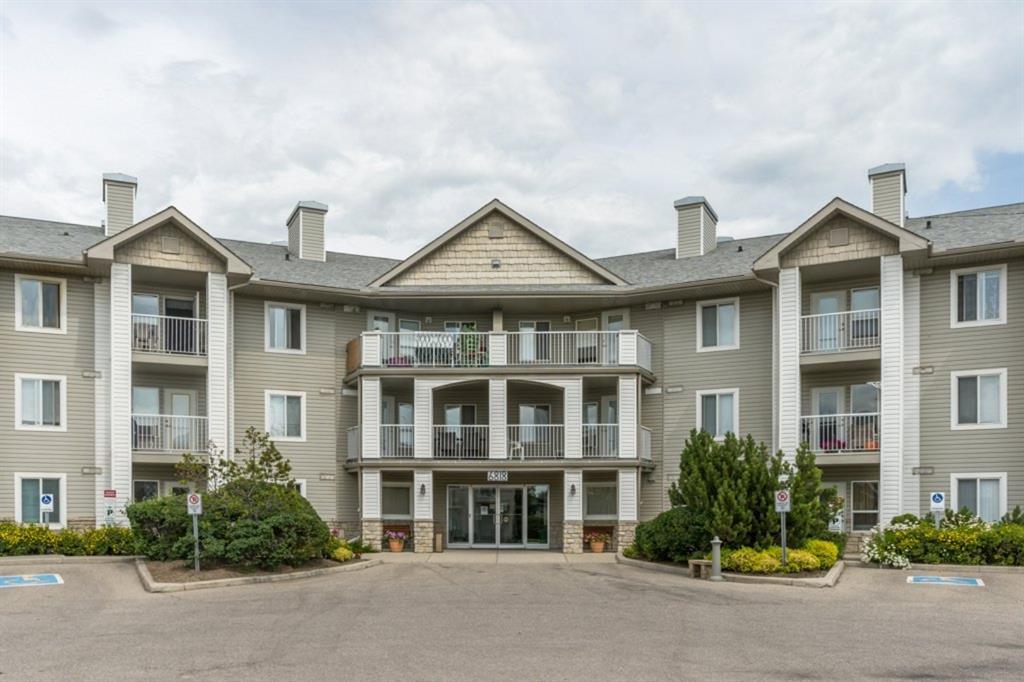 Pineridge Apartment for sale:  2 bedroom 755 sq.ft. (Listed 2020-08-07)