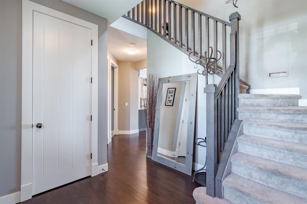 110 COOPERSTOWN  LANE SW - MLS® # A1022313