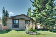 439 PARKVIEW Crescent SE - MLS® # A1027937