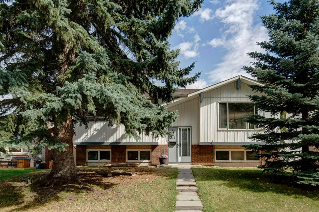 211 QUEEN CHARLOTTE Place SE - MLS® # A1030734