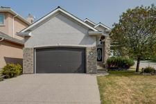30 ROYAL CREST Way NW - MLS® # A1035202