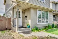 51 ERIN WOODS Place SE - MLS® # A1039745
