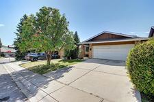 7 Ranch Estates  Road - MLS® # A1046297