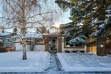 107 Silverthorn Way NW - MLS® # A1056425