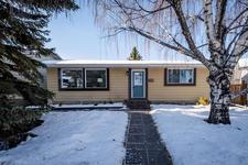 426 Queensland Place SE - MLS® # A1057488