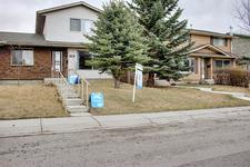 329 Woodvale Crescent SW - MLS® # A1093334