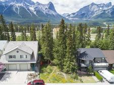 135 COUGAR POINT Road - MLS® # AW52632