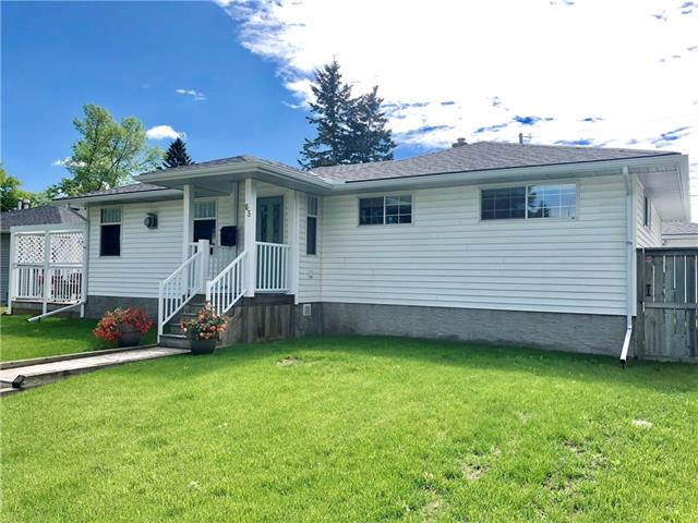 63 CHANCELLOR WY NW - MLS® # C4253139