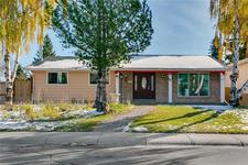 5470 Silverdale DR NW - MLS® # C4272319