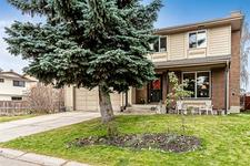 472 WOODGLEN PL SW - MLS® # C4273177