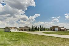 Okotoks 119 acres,home, shop,barn ST W - MLS® # C4274298