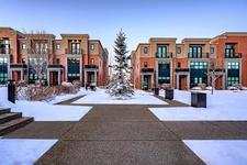 222 ASPEN MEADOWS HL SW - MLS® # C4279897