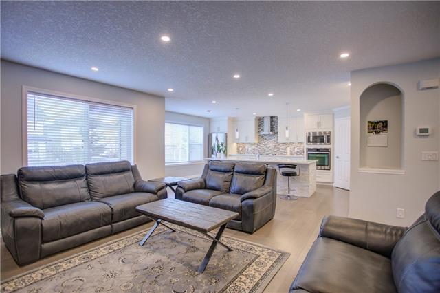 40 COUGARSTONE Manor Southwest MR SW - MLS® # C4288276