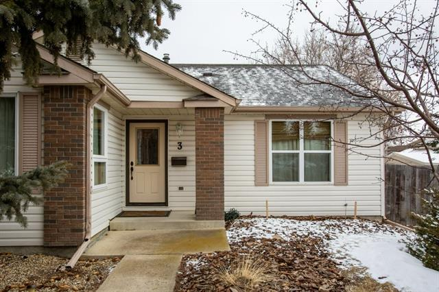 3 WOODFORD CR SW - MLS® # C4290484