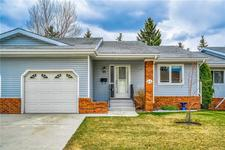44 VANDOOS GD NW - MLS® # C4296352