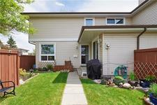 #52 1155 FALCONRIDGE DR NE - MLS® # C4300949