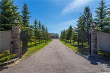 38 MARQUIS MEADOWS PL SE - MLS® # C4301522