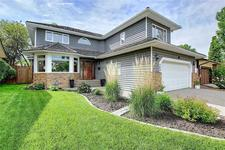 384 WOODBRIAR CI SW - MLS® # C4302619