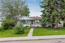 11 HARROW CR SW - MLS® # C4304956