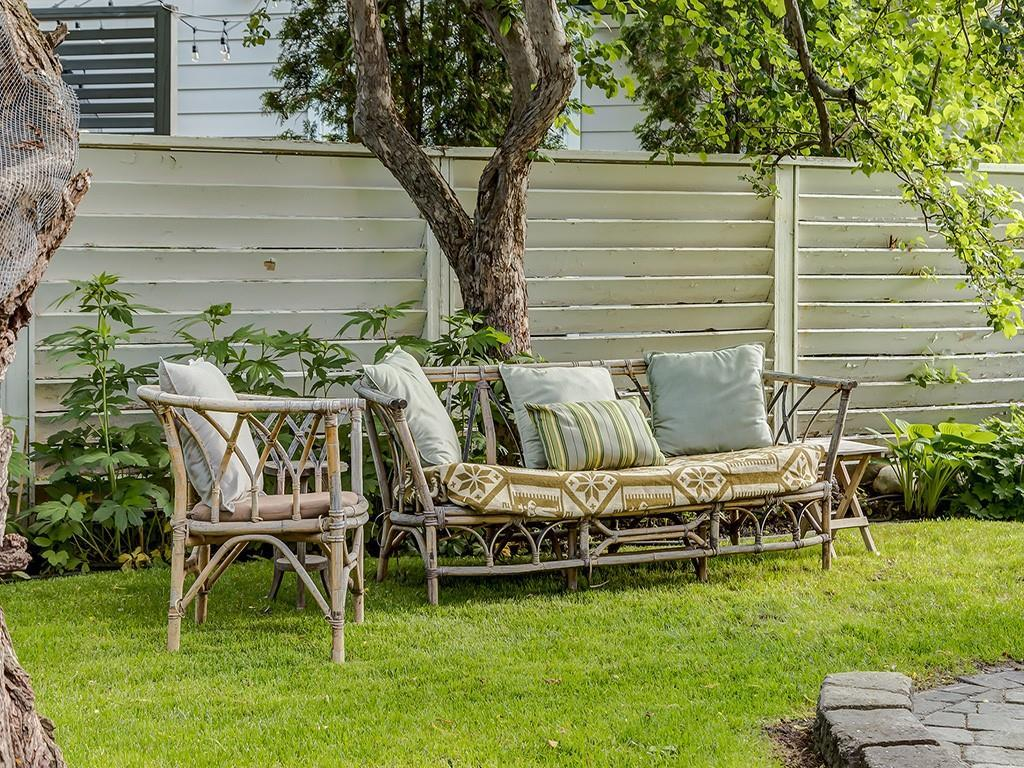 132 CHINOOK DR SW - MLS® # C4304989