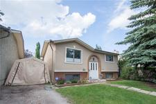 992 WOODVIEW CR SW - MLS® # C4305476