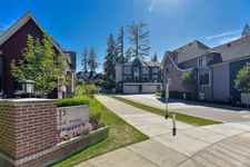121 2853 HELC PLACE - MLS® # R2528263