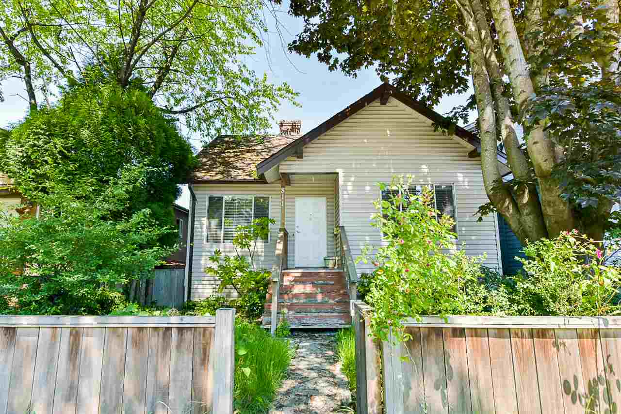 811 E 12TH AVENUE - MLS® # R2372951