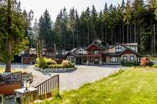 3299 BLACK BEAR WAY - MLS® # R2378195
