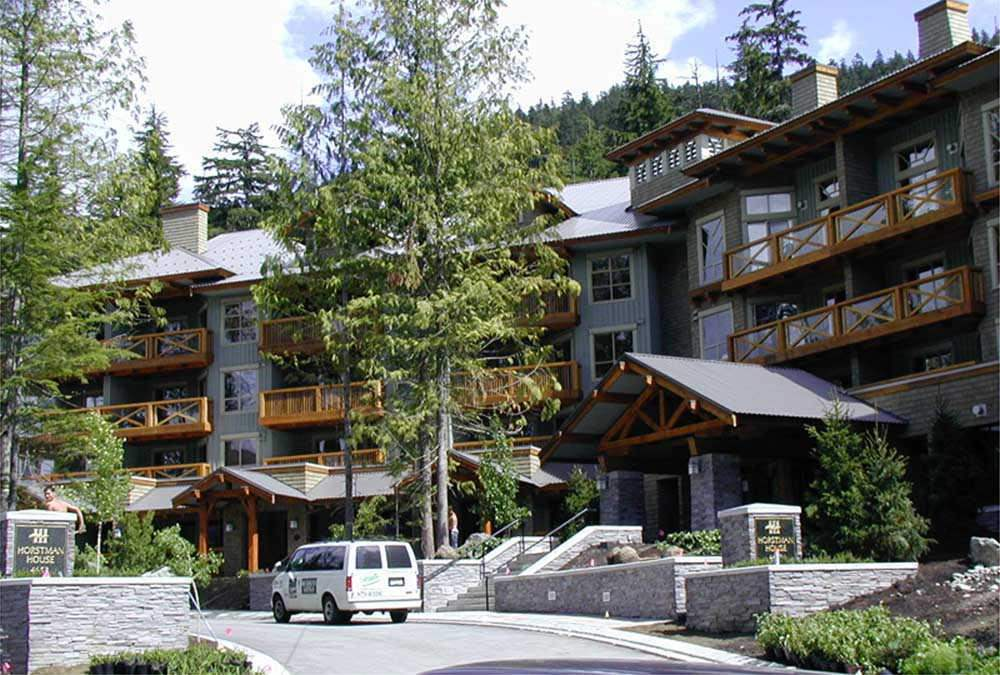 318 G2 4653 BLACKCOMB WAY - MLS® # R2394295