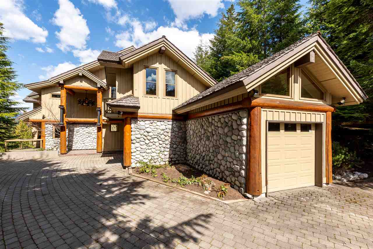 3807 SUNRIDGE PLACE - MLS® # R2402920