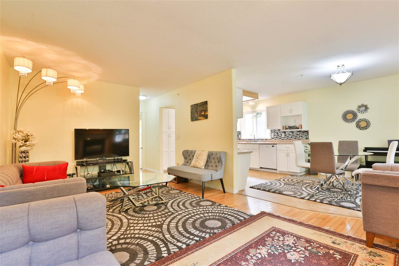 2823 GREENBRIER PLACE - MLS® # R2408584