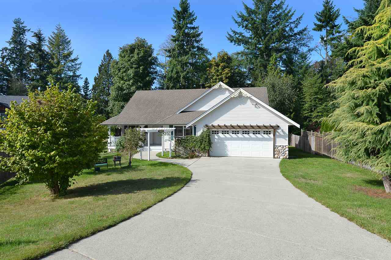 1476 SUNSET PLACE - MLS® # R2409595