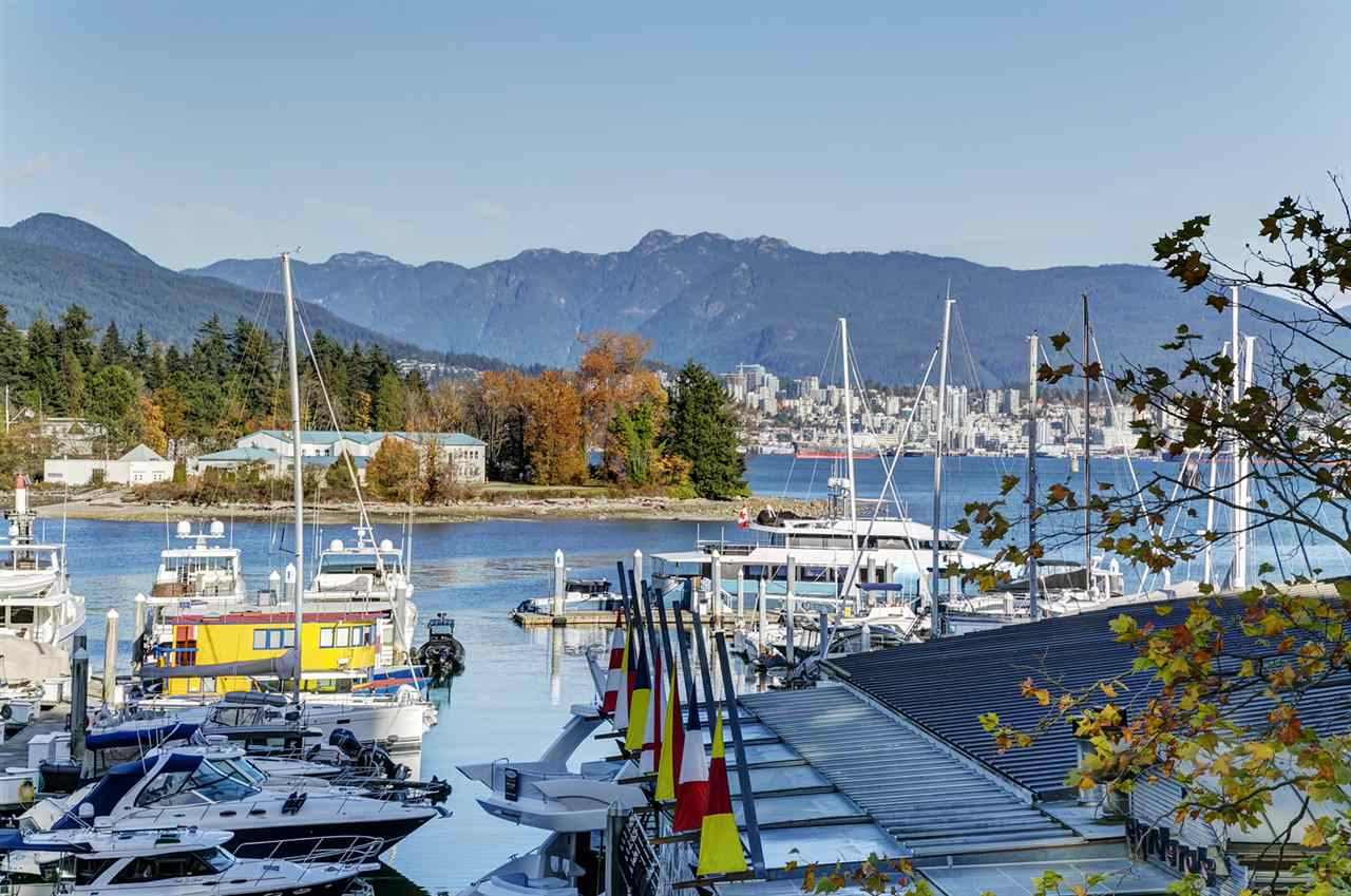 L302 1550 COAL HARBOUR - MLS® # R2416390