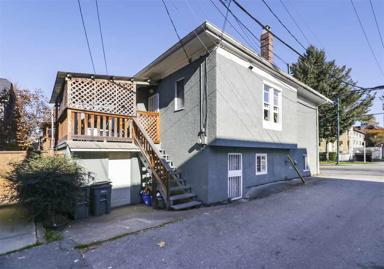 517 COMMERCIAL DRIVE - MLS® # R2416806