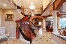 1607 PARKWAY BOULEVARD - MLS® # R2423676
