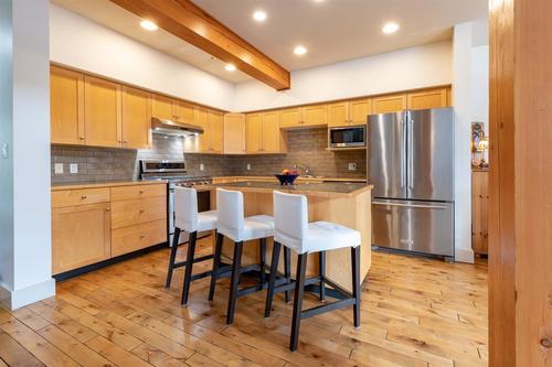 Garibaldi Estates Townhouse for sale:  3 bedroom 2,203 sq.ft. (Listed 2020-03-11)