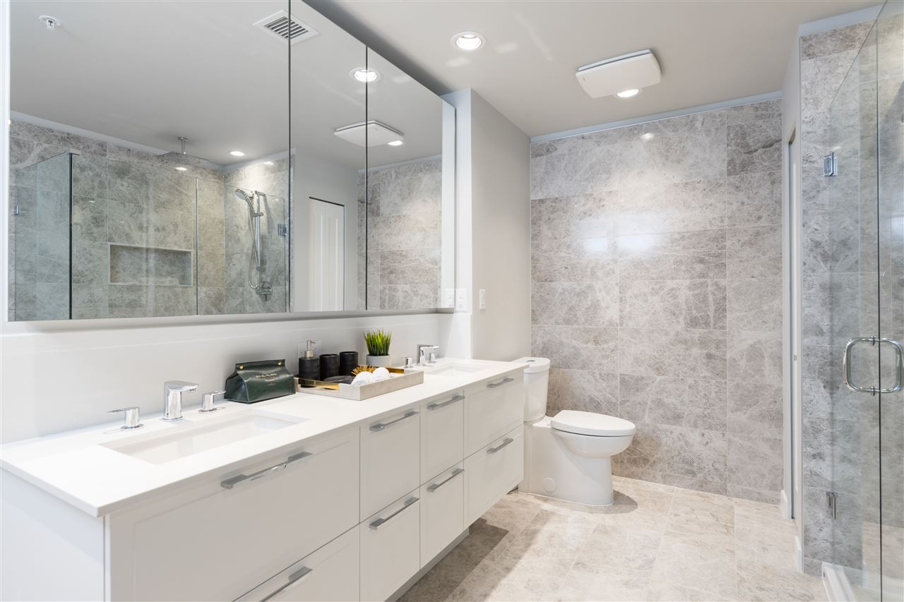 1302 118 CARRIE CATES COURT - MLS® # R2440418