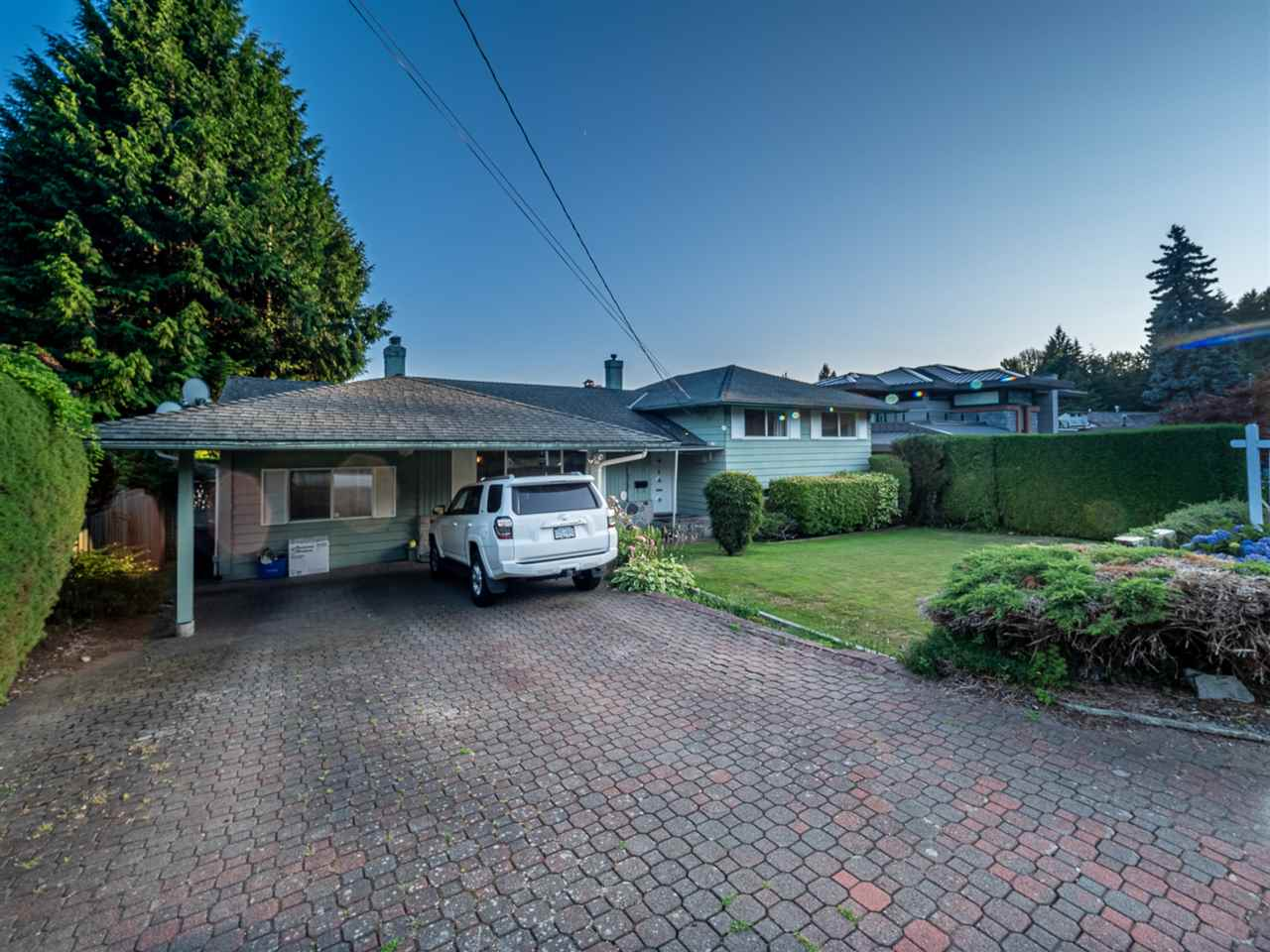 629 SILVERDALE PLACE - MLS® # R2441575