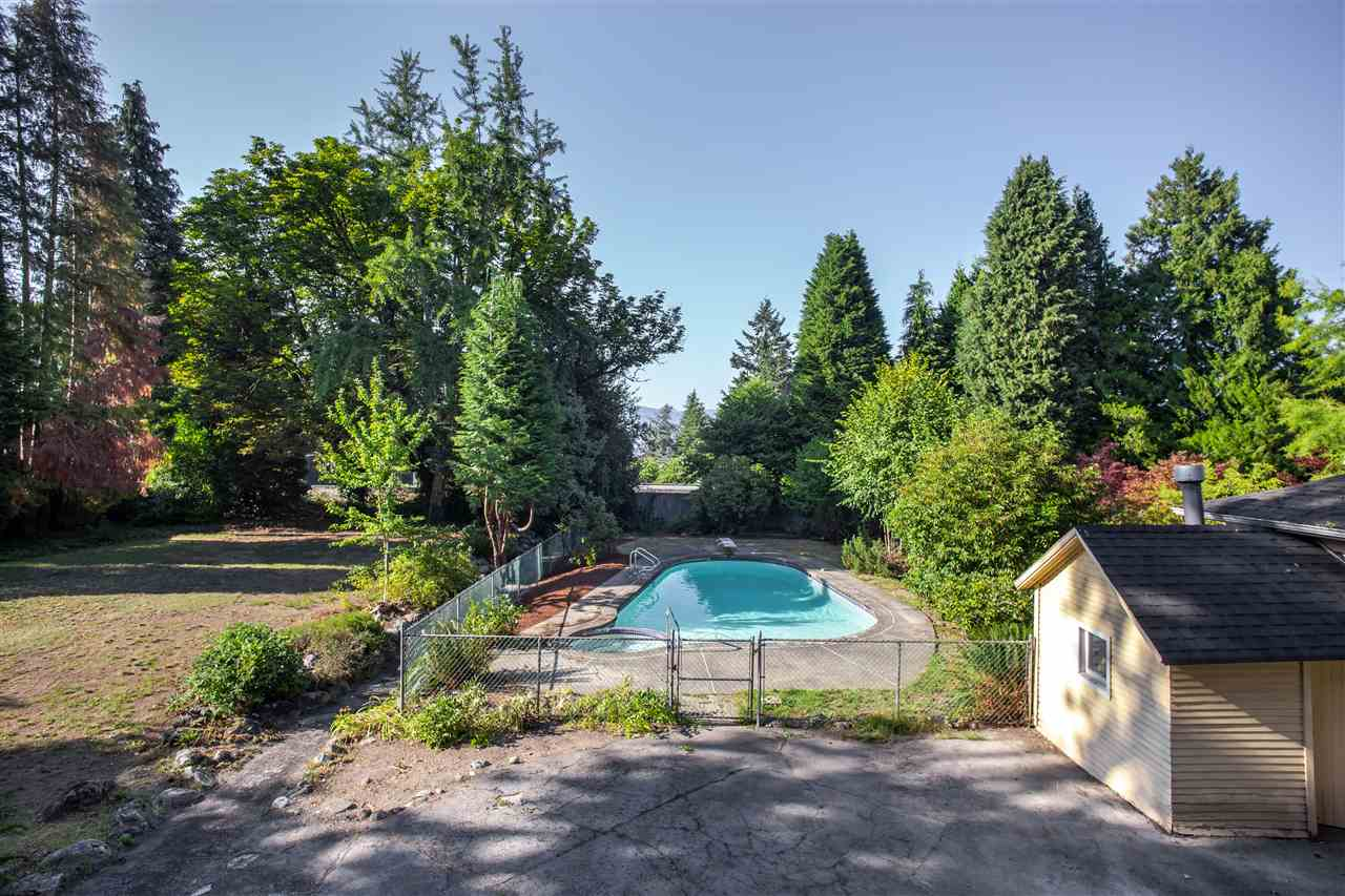 1363 THE CRESCENT - MLS® # R2441747