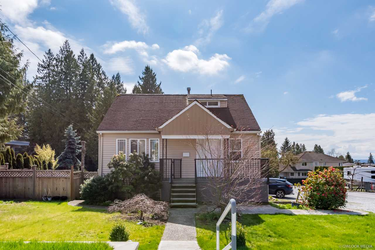 4722 RUMBLE STREET - MLS® # R2449025