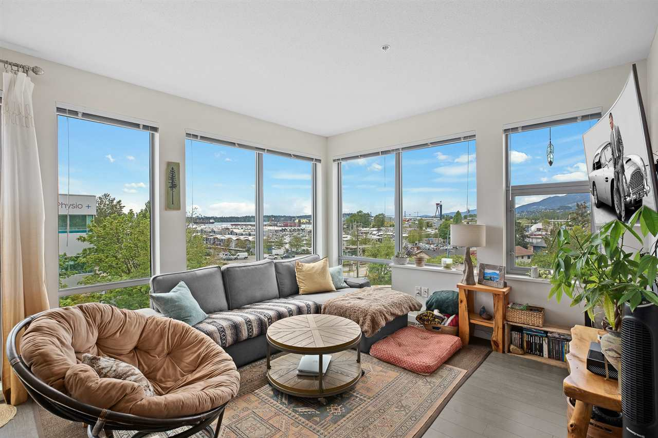Lower Lonsdale Apartment/Condo for sale:  2 bedroom 1,016 sq.ft. (Listed 2020-06-28)