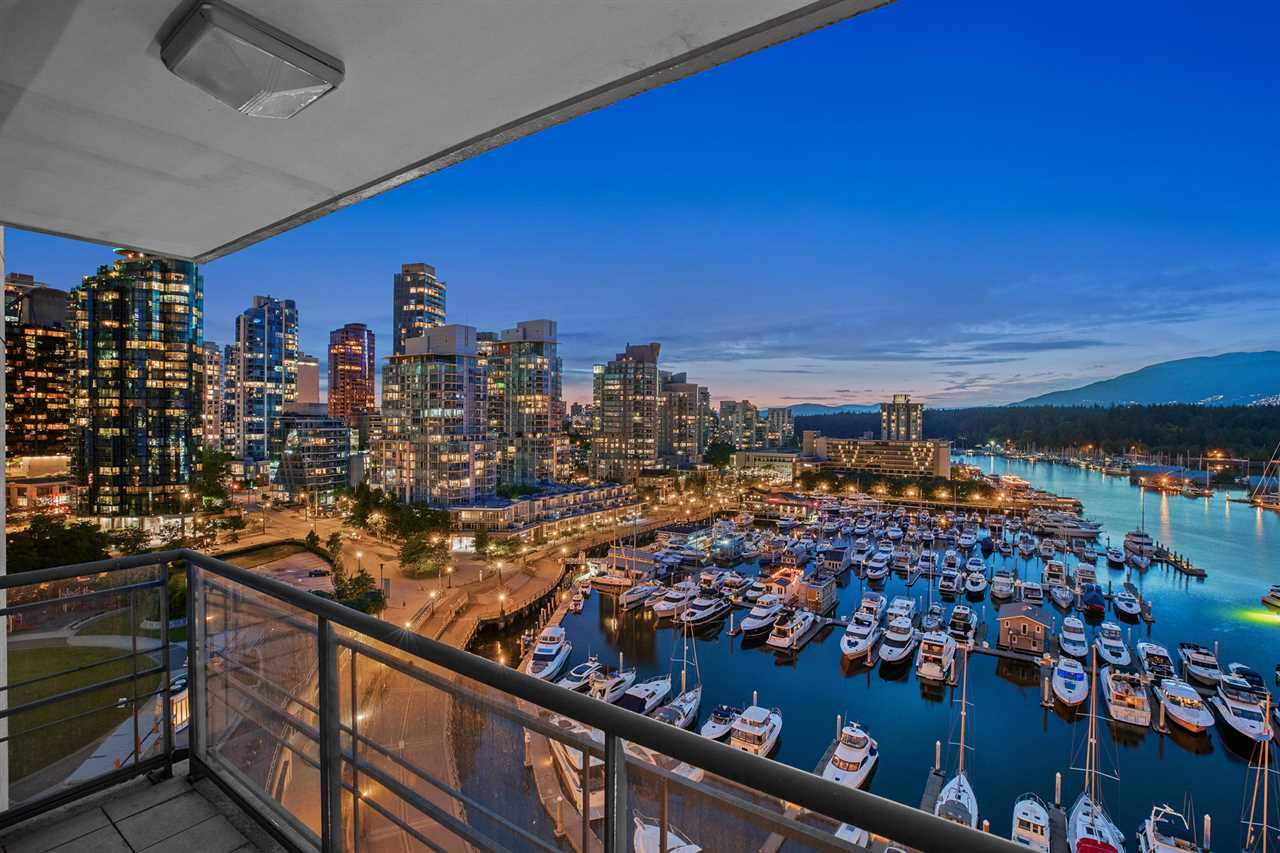 Coal Harbour Apartment/Condo for sale:  2 bedroom 1,255 sq.ft. (Listed 2020-06-28)